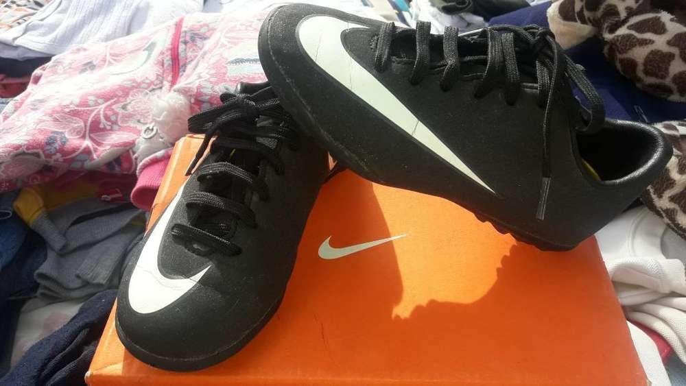 Botines Nike