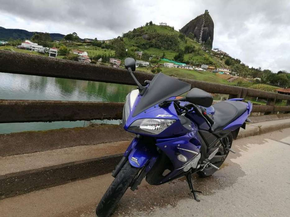 <strong>yamaha</strong> Yzf R-15