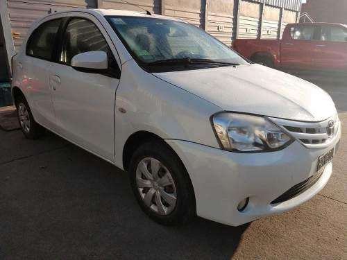 Toyota Etios 2015 - 77000 km