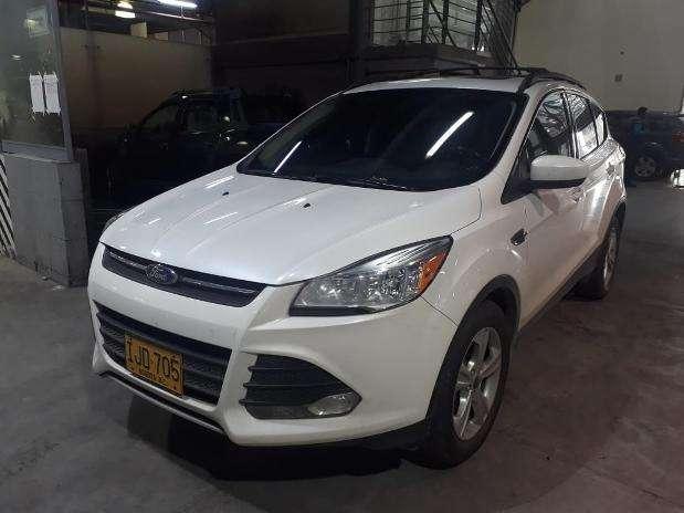 Ford Escape 2015 - 51293 km