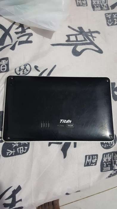Vendo Tablet Titan en Buen Estado