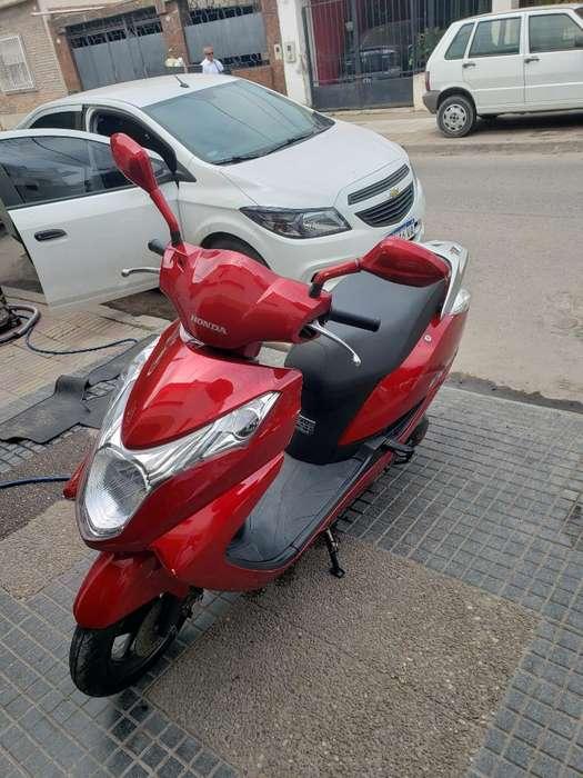 Moto Honda Elite 125 - 2014 - 8mil Km