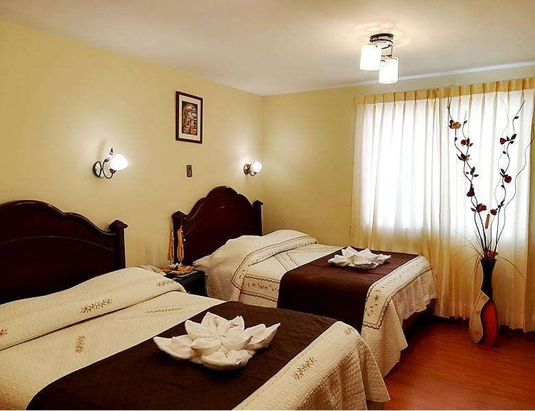 Se da en alquiler 2 habitaciones amobladas con bao privado