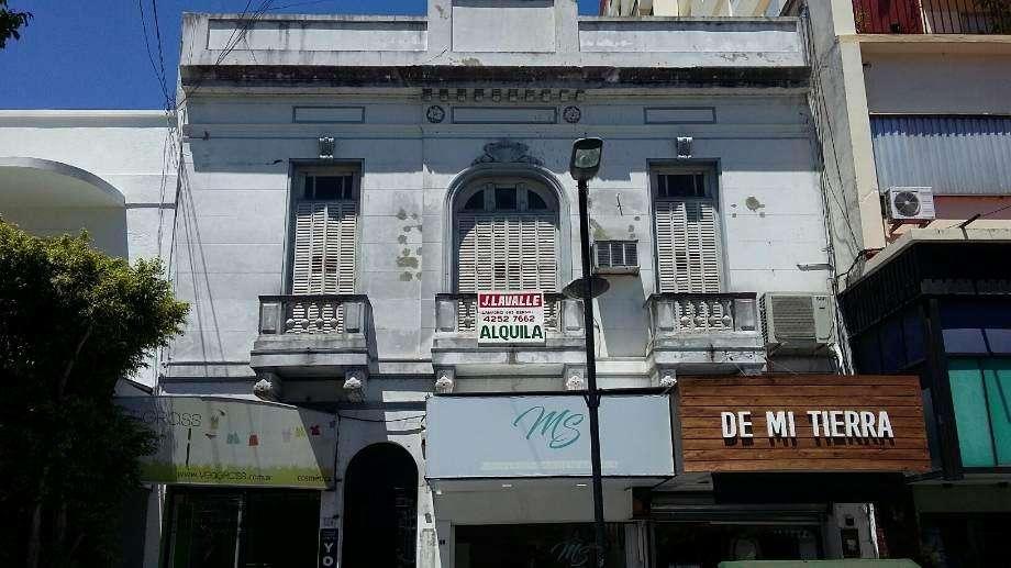 Departamento en alquiler en Bernal Centro