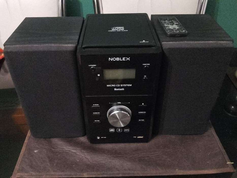 Noblex Mm43bt Minicomponente 400w Cd <strong>mp3</strong> Usb Am/fm Bluetooth 3.000