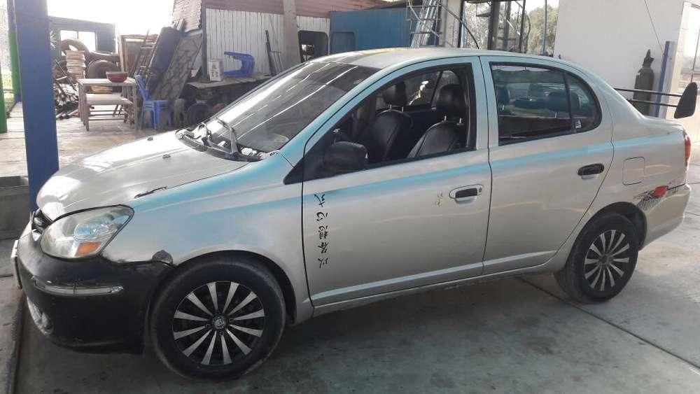 Toyota Yaris 2003 - 500000 km