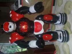 Robot Fighting Robot A Pilas Con Luz Y Movimiento (sin Uso)