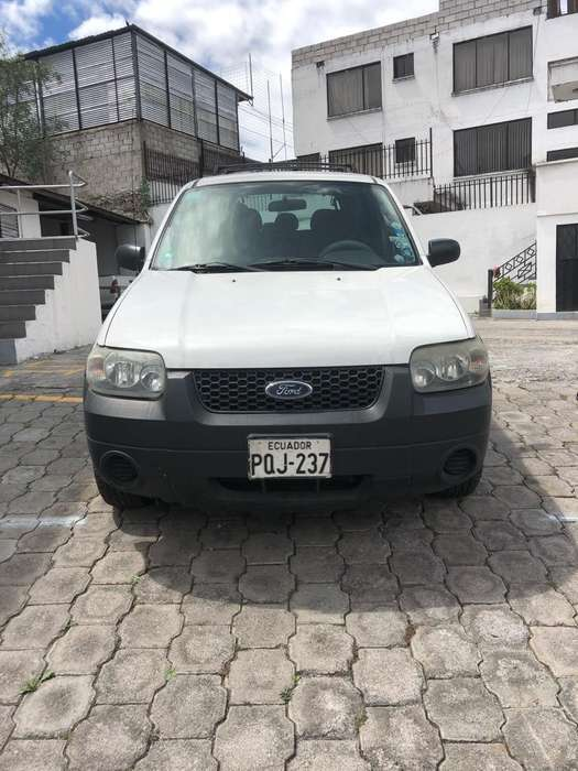 Ford Escape 2007 - 90000 km