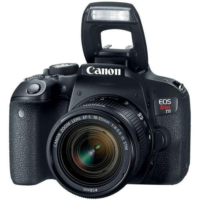 Camara reflex Canon T7i 800d con Lente 18 55mm Nuevo