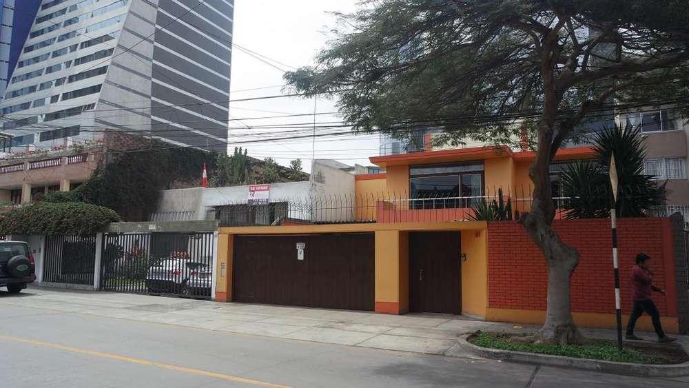 Venta de Residencia en San Isidro - 00613