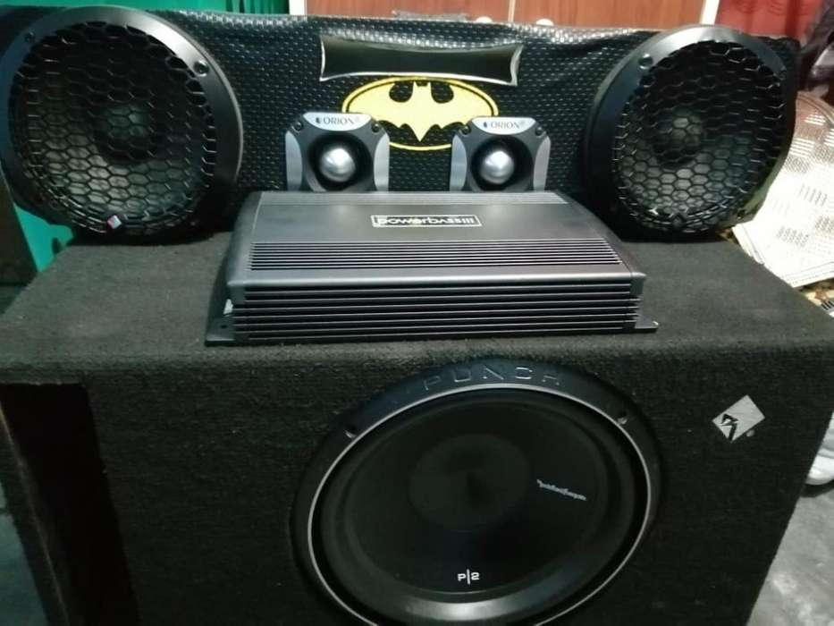 Woofer Y <strong>parlantes</strong> Medios