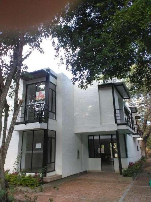 GANGA casa Apulo de 220 m2 de construcción más terrazas, en el Condominio cerrado el Saman