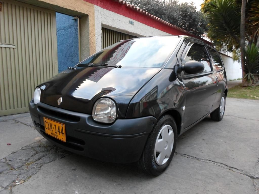 RENAULT TWINGO AUTHENTIQUE 2008 16 VALVULAS