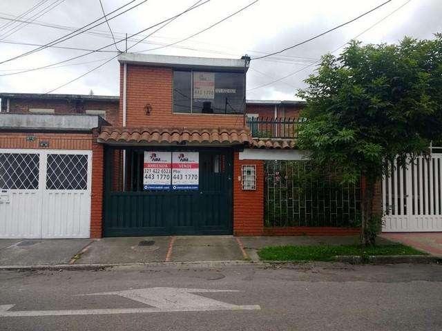 Arriendo/Venta DE <strong>casa</strong> EN LA ESMERALDA CENTRO BOGOTA 118-1868