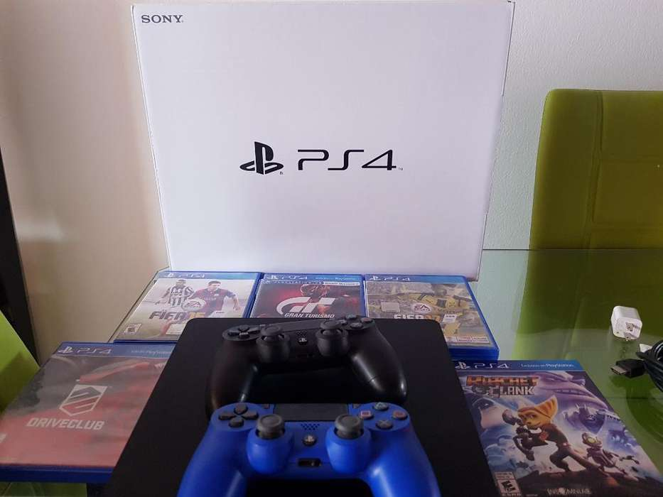 Play Station 4 500 G