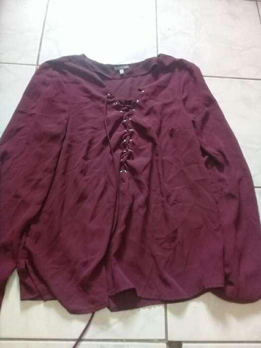 0158636ba Lote ropa  Ropa y Calzado en venta en Ecuador