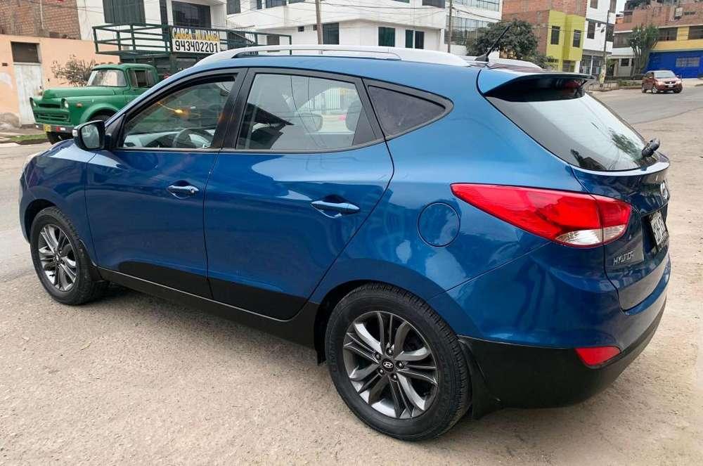Hyundai Tucson 2012 - 80000 km