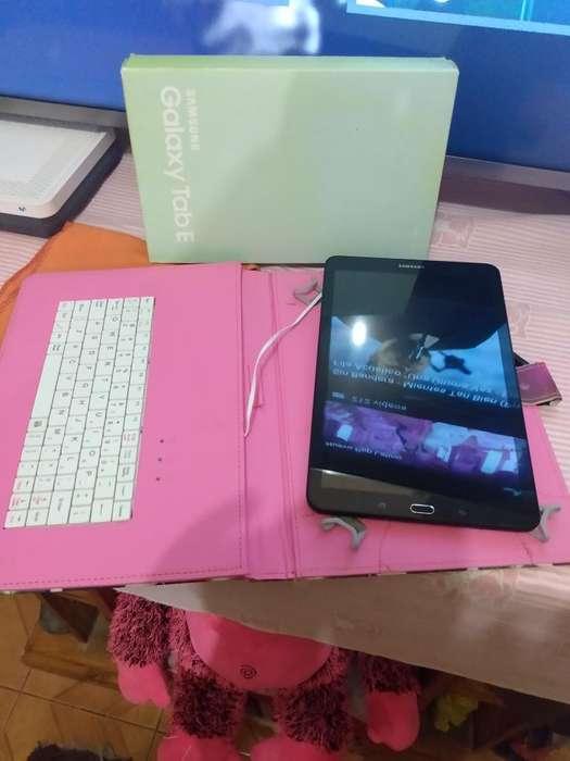 Vendo Tamblet Samsung Tab E