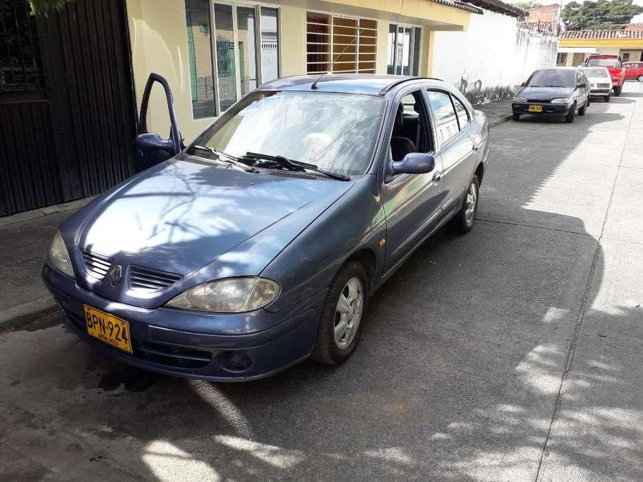 Renault Megane  2005 - 1000 km