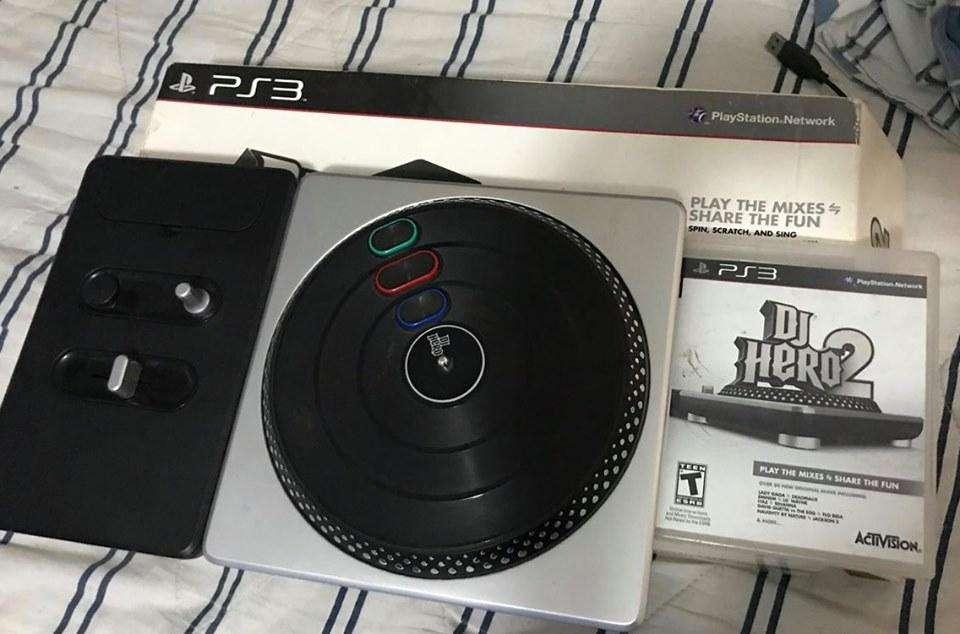 PS3 DJ HERO MESA CON JUEGO