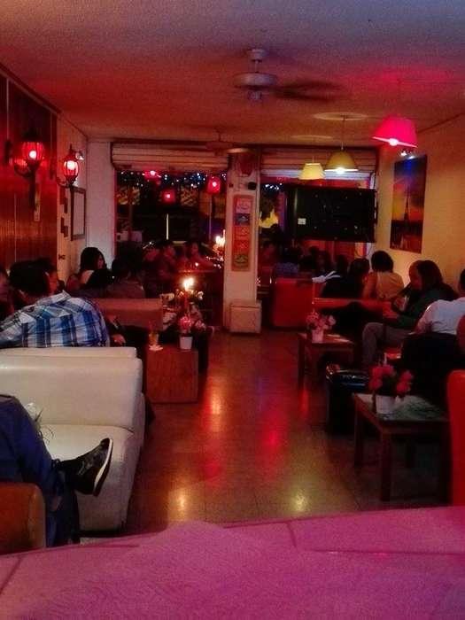 Super Ganga 3 negocios en 1: Se vende Hostal/Bar/Restaurante oportunidad a no dejar Wsp: 3506799239