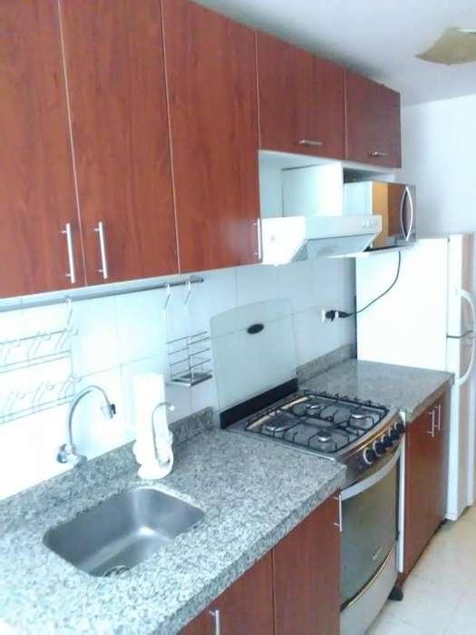 Departamento AMOBLADO, 3 habitaciones, 2 baños, ubicado en condominio parques de piura