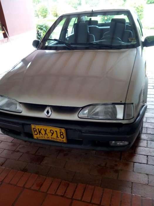 Renault R19 1999 - 172400 km