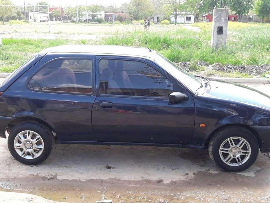 Ford Fiesta  1999 - 0 km