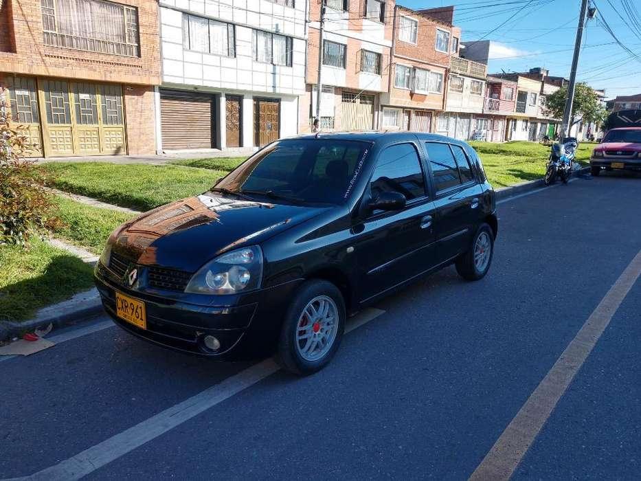 Renault Clio  2008 - 81000 km