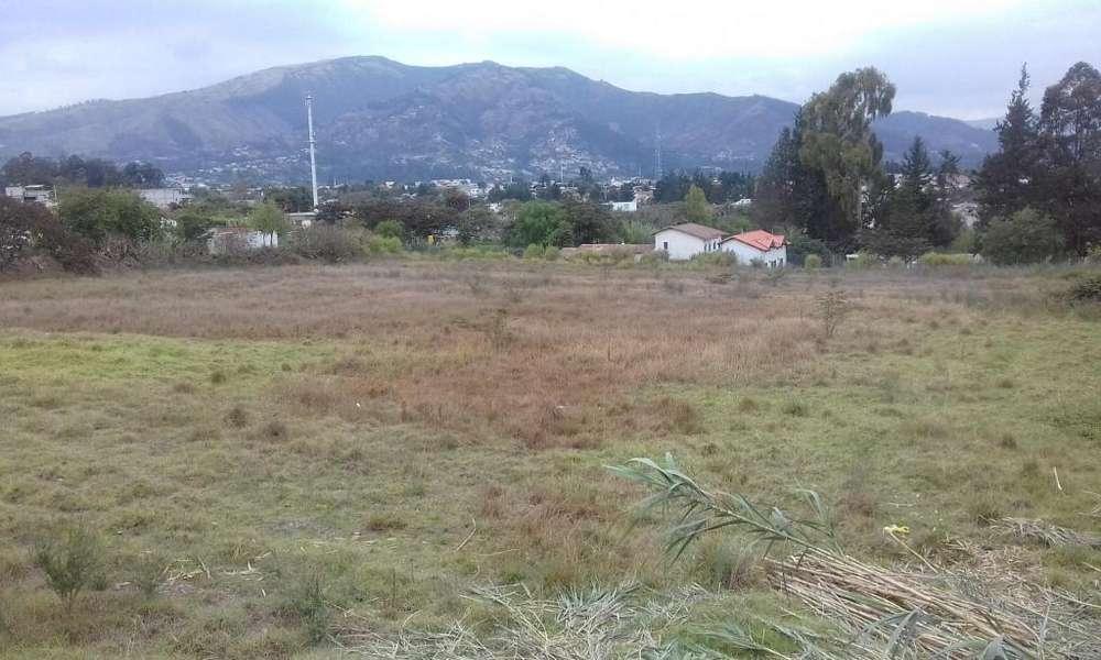 casas en tumbaco ''CONJUNTO CERRADO '' EN CONDOMINIO....