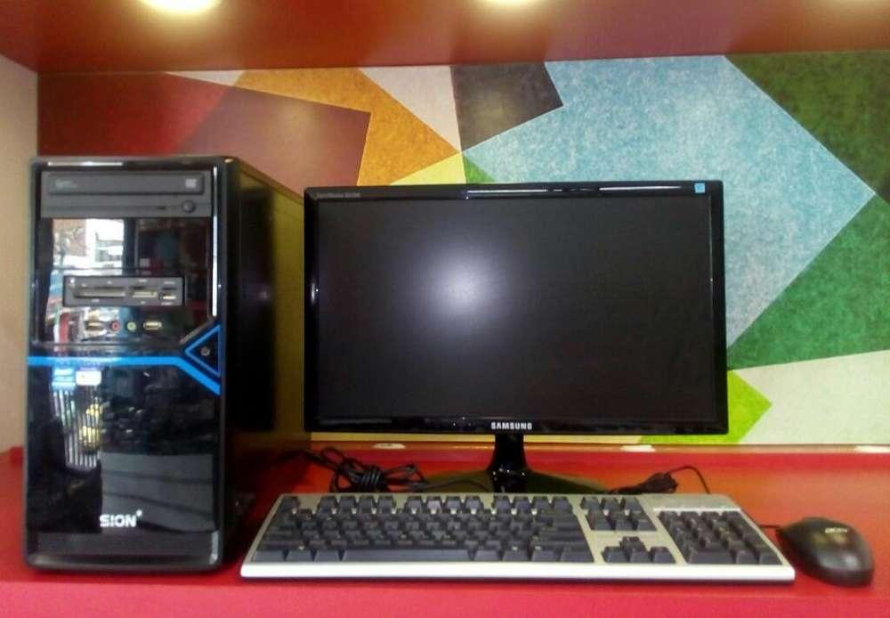 Computador Core I7 con Monitor de 20p