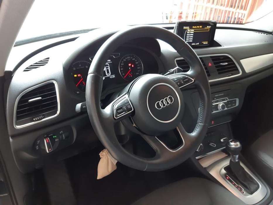 <strong>audi</strong> Q3 2015 - 54000 km