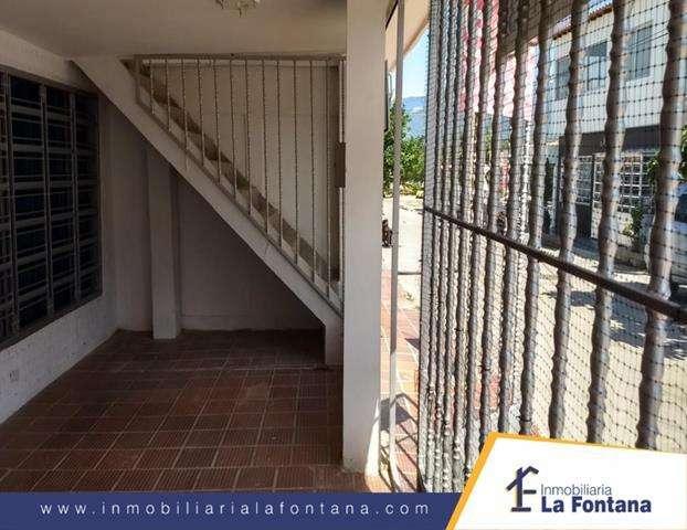 Cod:2753 Vendo Casa con <strong>apartamento</strong> en el Barrio Los Trapiches