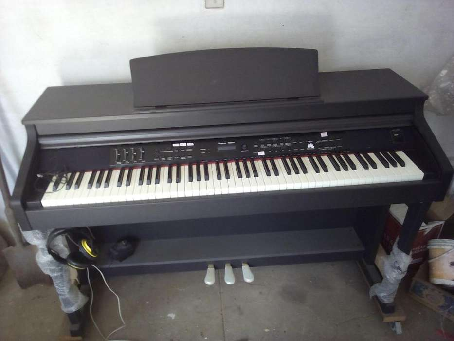 PIANO RINGWAY TG 8862 - 3 PEDALES -480 VOCES -SIN USO