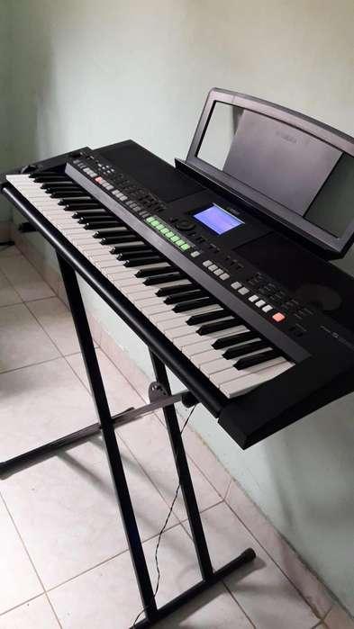 Vendo organeta teclado Yamaha psr s650 s550