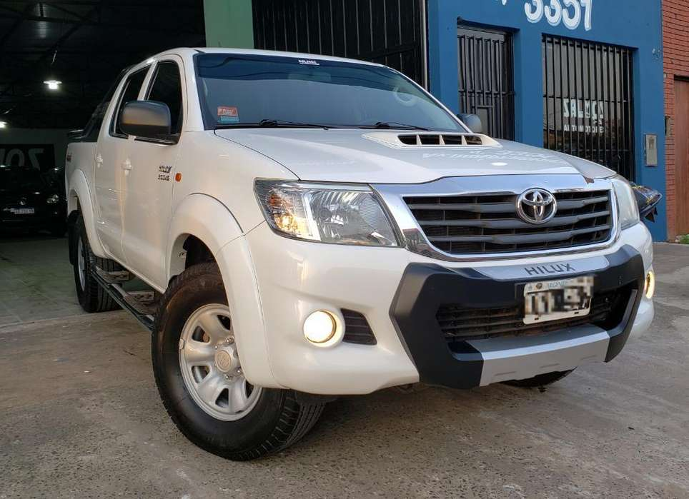 Toyota Hilux 2014 - 225000 km
