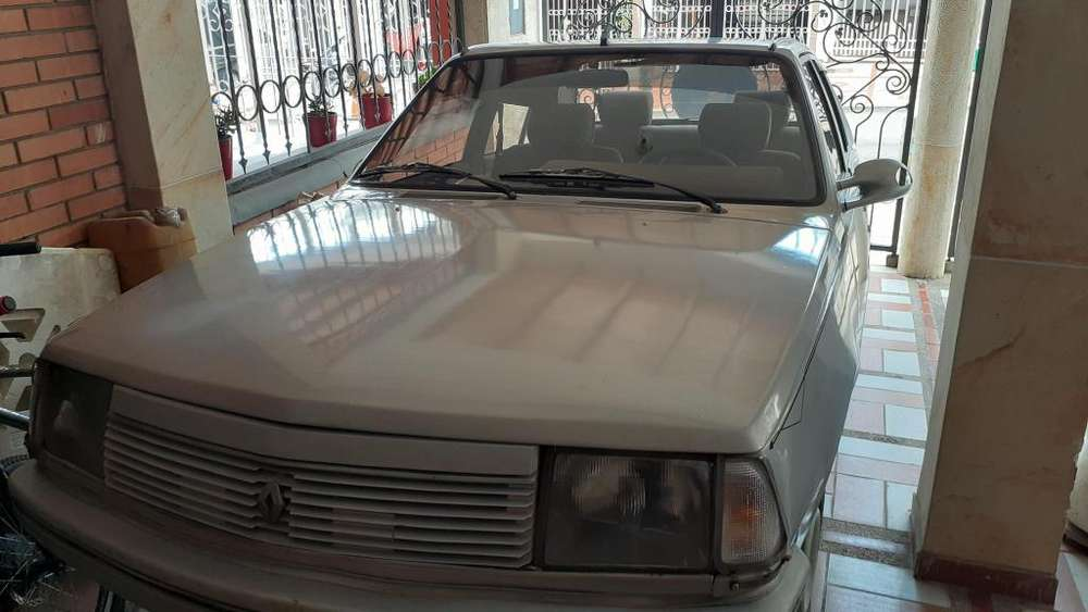<strong>renault</strong> R18 1986 - 223767 km