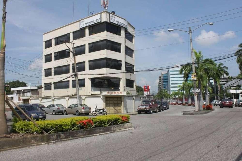 Vendo Edificio Esquinero - P. Villegas
