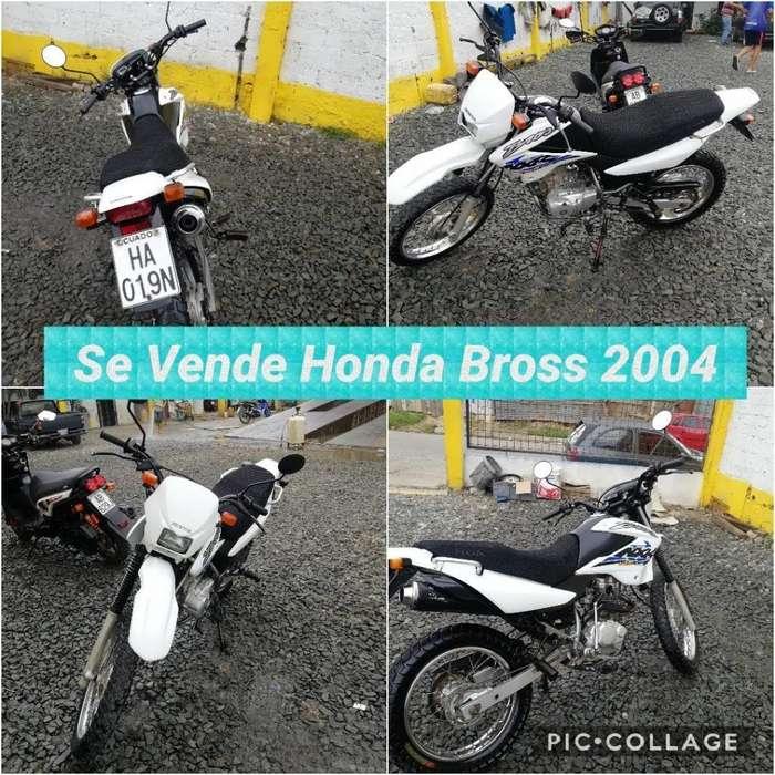 Moto Honda Bross 2004