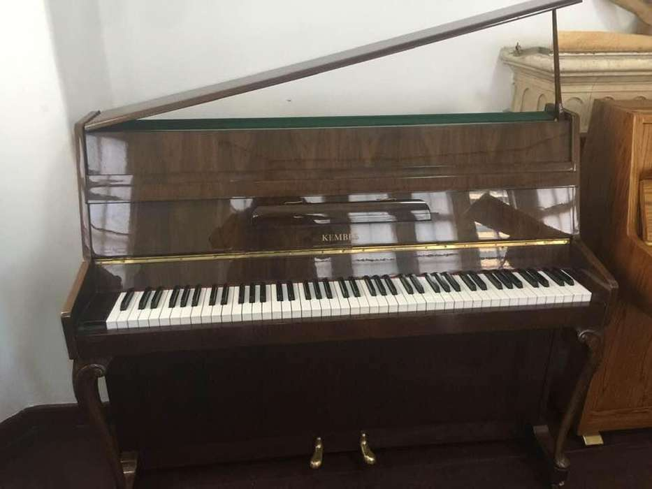 Piano vertical Kemble