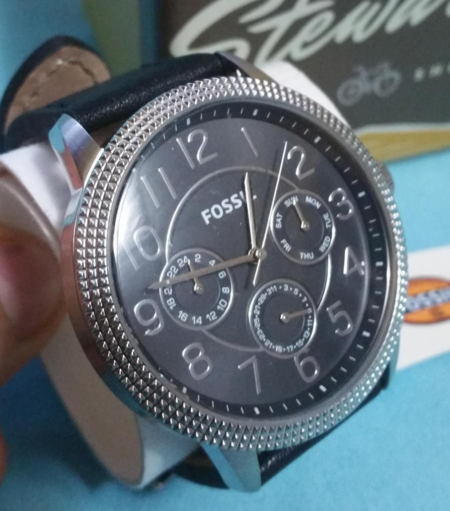 c172132a50fc Nuevo Reloj Fossil Para Hombre D Lujo Negro Original En Caja - Guayaquil