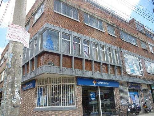 89765 - Venta Local comercial esquinero Fontibon Centro segundo piso sobre via principal