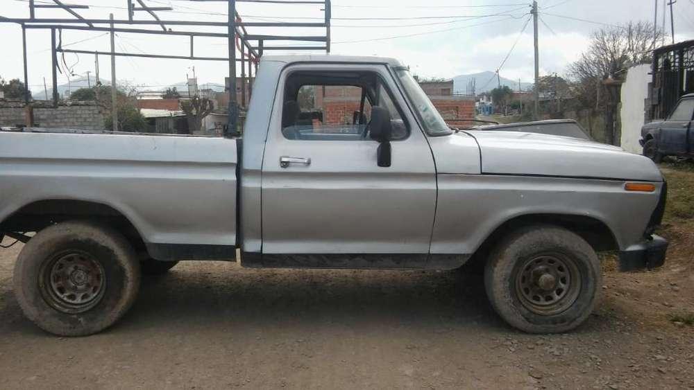 Vendo Ford Motor Perkin