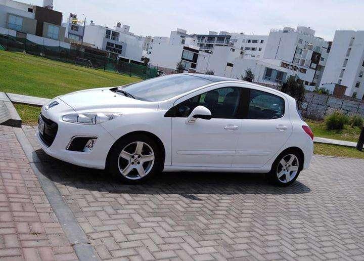 Peugeot 308 2012 - 71600 km