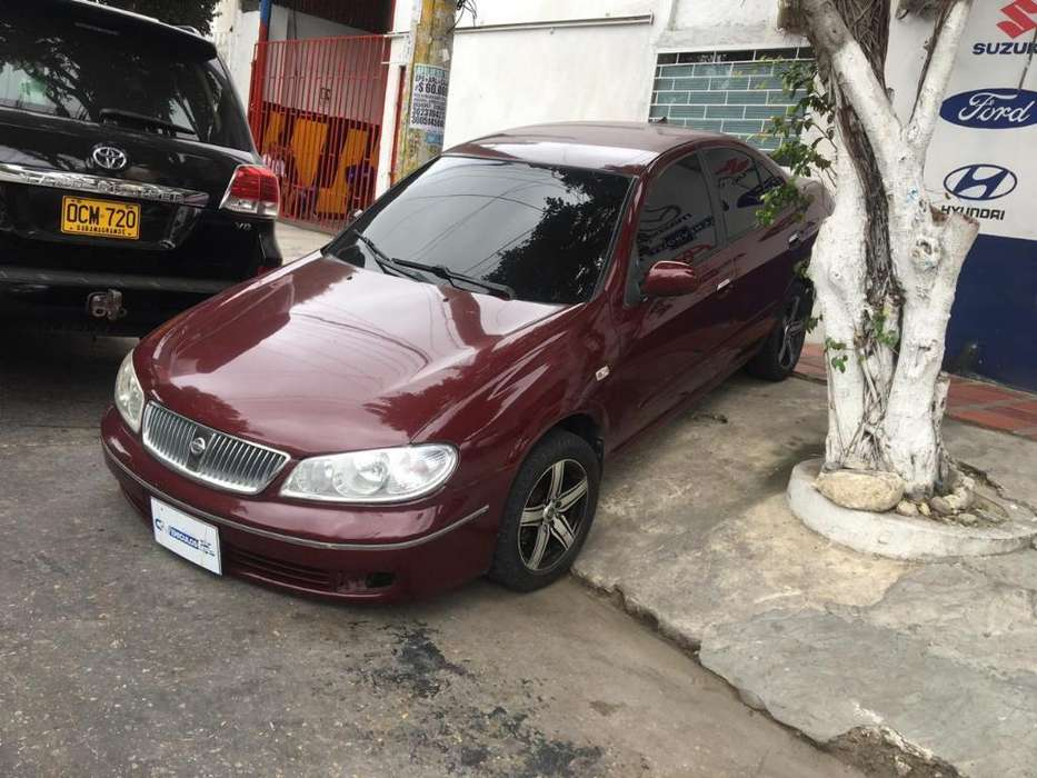Nissan Almera  2004 - 186000 km
