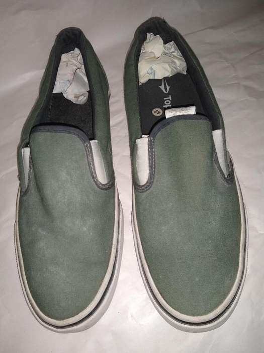 Zapatillas 42 Topper mocasin verde musgo use 2 veces perfectas