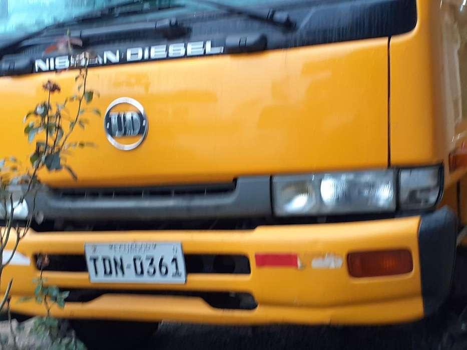 Vendo Volqueta Nissan Pkc 212 Año 2007