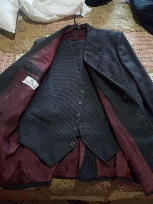 <strong>traje</strong>s 5255