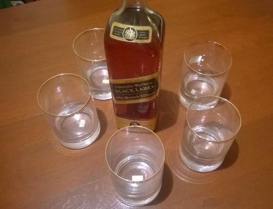 Vasos whisky -Botella Jhonnie Walker