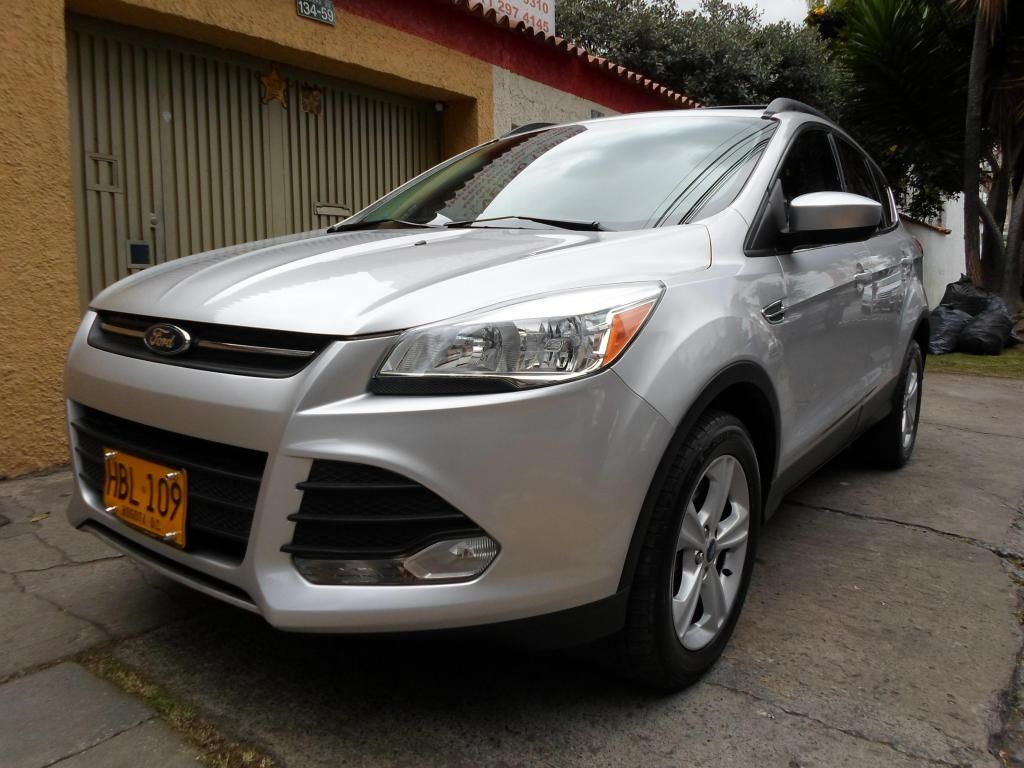 FORD NEW ESCAPE SE 2013 4X4 SECUACIAL DOBLE TECHO